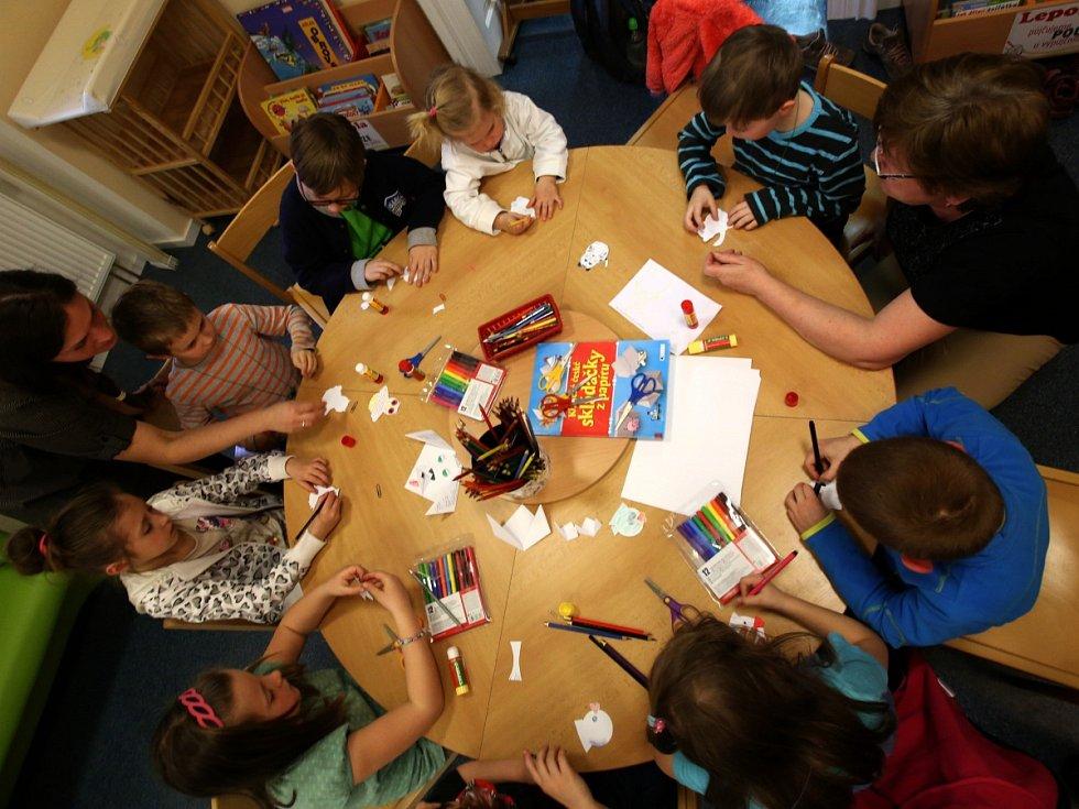 Děti si v Noci s Anersenem vytvořily svět Malé mořské víly
