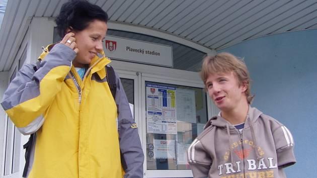 Veronika Šimečková s Arnoštem Petráčkem před odletem na Světové hry  na Tchaj–wan chodili několikrát týdně trénovat  na českobudějovický  plavecký stadion.
