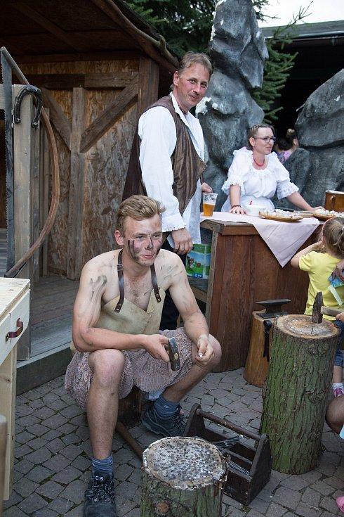 V hlubocké zoo nachystali pro návštěvníky zábavný program plný pohádkových postav.