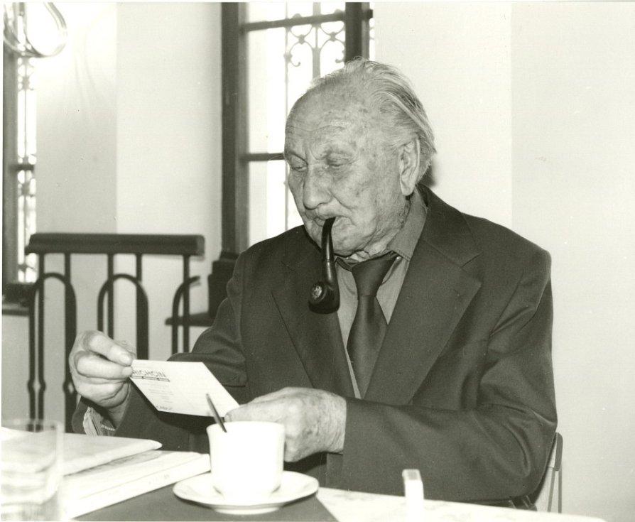 Alšova jihočeská galerie slaví 60 let. Karel Valtr, 1994.