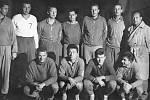 Hráčskou kariéru ve Slavoji ČB připomíná snímek z roku 1962 (8. místo ze 14 celků). Nahoře zleva Hruška, Suchan, Mrázek, Loužek, Toman, Fejfar a trenér František Nekovář, dole zleva Hondlík, Cháb, Braun a Doško.