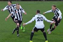 Čtyřikrát se v zápase s Karvinou radovali fotbalisté Dynama z gólu, potvrdí herní pohodu i v dohrávce se Sokolovem?