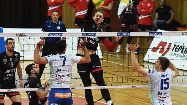 Potřetí za sebou hrály České Budějovice pětisetový zápas. Podruhé vyhrály.