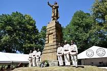 Modlitbou i tancem zavzpomínaly v sobotu 29. června stovky obyvatel a návštěvníků Zbudovských Blat na zdejšího obhájce práv sedláků ve sporu s vrchností Jakuba Kubatu.