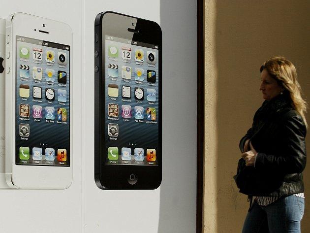 Chytré telefony své nové majitele označily policii.