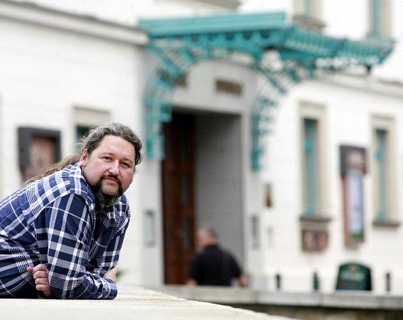 Jan Vozábal, ředitel Městského divadla Český Krumlov, které slaví 20let.