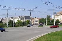 Českobudějovické Senovážné náměstí čekají změny u Metropolu i v křižovatce s Žižkovou třídou (na snímku).