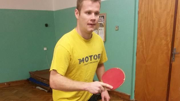Ján Mucha je nejen dobrým hokejistou, ale i stolním tenistou.