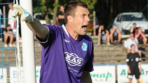 Tomáš Fryšták fotbalisty Táborska proti Zlínu podržel.