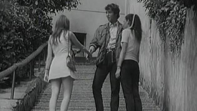 Jsem nebe, to je název poměrně neznámého filmu Jana Kačeraz roku 1970. Natáčelo se i ve městě Bechyně (na snímku schody ze Zářečí).