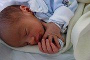 Mikuláš Vrabec z Českých Budějovic je synem Ludmily Vrabcové a Jana Zahradníka, ale také bráškou jedenáctiletého Michala, pětileté Nely Izabely a čtyřletého Petra. Narodil se 18. 7. 2016 v 19.12 h s váhou 2,70 kg.