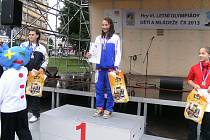 Zdena Blašková na nejvyšší stupni na Olympiádě dětí a mládeže ve Zlíně
