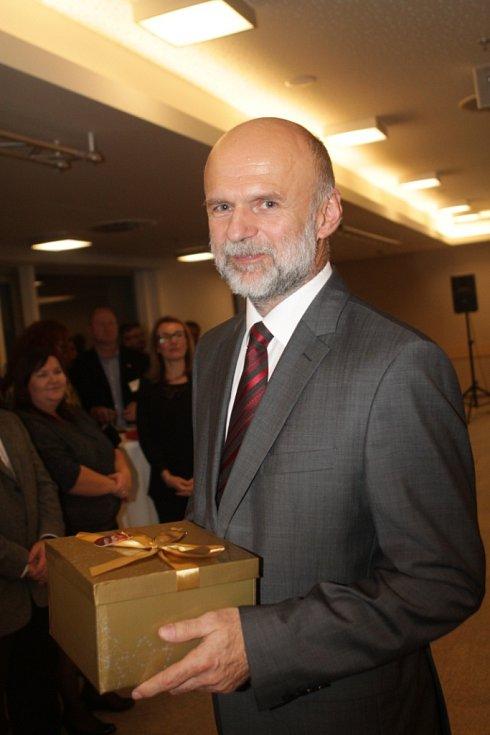 Slavnostní večer k ukončení třetího ročníku projektu Chováme se odpovědně. Na snímku spolumajitel firmy Briklis Miroslav Šmejkal z Tábora.