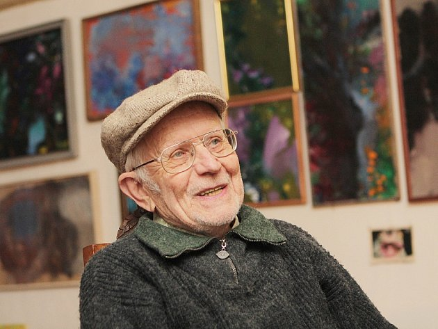Akční duší i tělem je českokrumlovský malíř Jan Cihla (86),  kterého proslavila šumavská mystéria i filmové plakáty z 60. let.