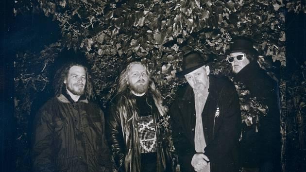 Metalová skupina Master's Hammer.
