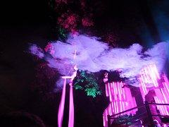 Netradiční zážitky a podívanou v Českých Budějovicích nabízí audiovizuální festival Vltava žije.