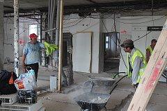 Zahájení stavby budovy urgentního příjmu v českobudějovické nemocnice.