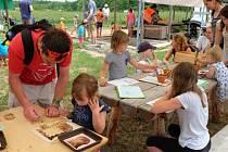 Archeoexpozice v Zeměráji nabízí zábavu pro celou rodinu.
