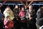 Zpívání koled v DPS Chvalkov.