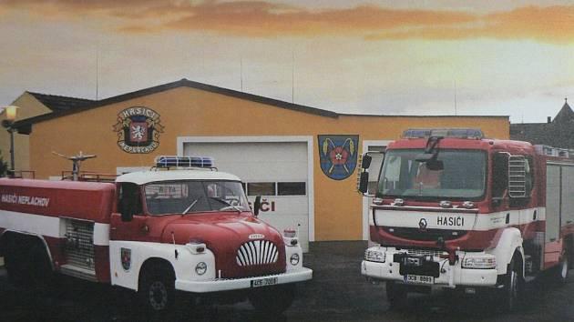 Technika před hasičskou zbrojnicí v Neplachově. Foto: SDH Neplachov