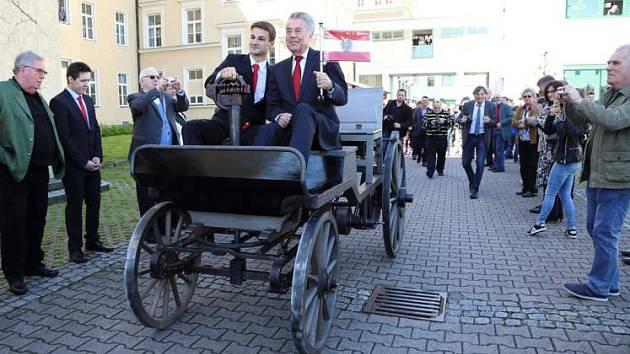 Prezidentský vůz.