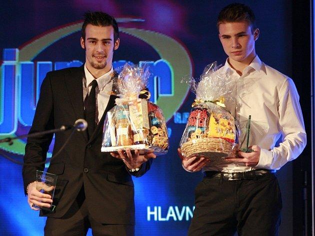 Tomáš Prokop (vlevo) na vyhlášení nejlepších jihočeských sportovců spolu s fotbalistou Zdeňkem Linhartem.