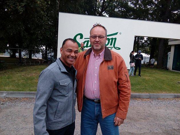 Brazilec Cafu a Miroslav Leština
