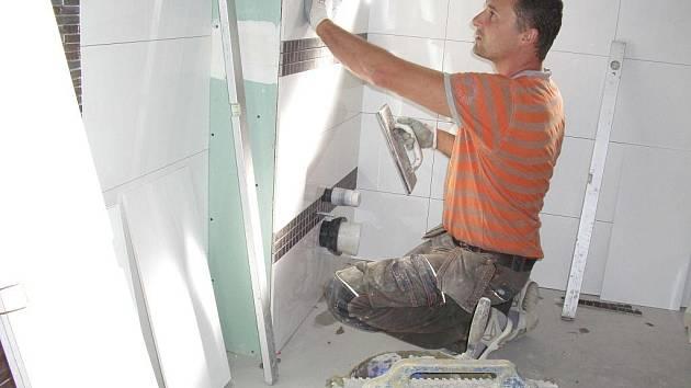 Martin Šimánek vám udělá novou koupelnu.