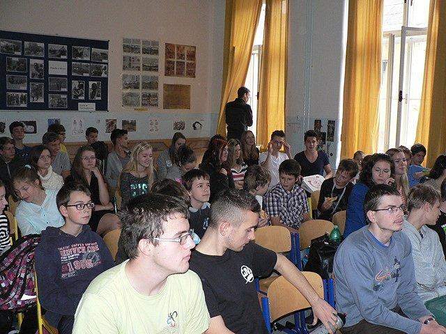 Malé školní muzeum na Gymnáziu J. V. Jirsíka v Českých Budějovicích.