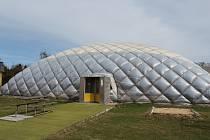 V hale SK Mladé by mohli trénovat budějovičtí atleti. Jednají o tom radnice a klub.