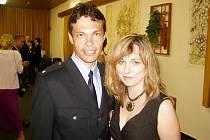 Petr Kopsa s manželkou Michaelou po slavnostním udělování medailí.