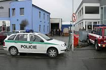 V objektu firmy v Litvínovicích v pondělí shořelo zboží za  šestnáct milionů.