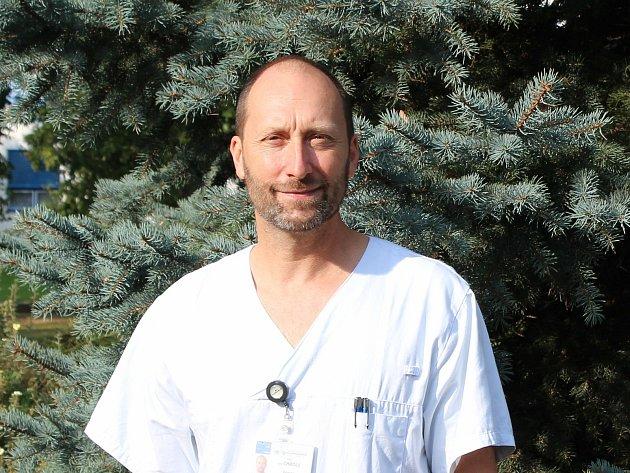 Primář infekčního oddělení českobudějovické nemocnice Aleš Chrdle.