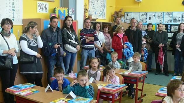 První školní den na ZŠ Lišov.