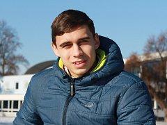 Krasobruslař BK České Budějovice Martin Bidař bude muset zabojovat o účast na ZOH při podzimní kvalifikaci v Oberstdorfu.
