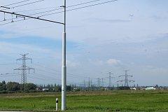 Na louce mezi Makrem, Hrdějoivicemi a Nemanicemi by na kraji Českých Budějovic mělo vyrůst logistické centrum.