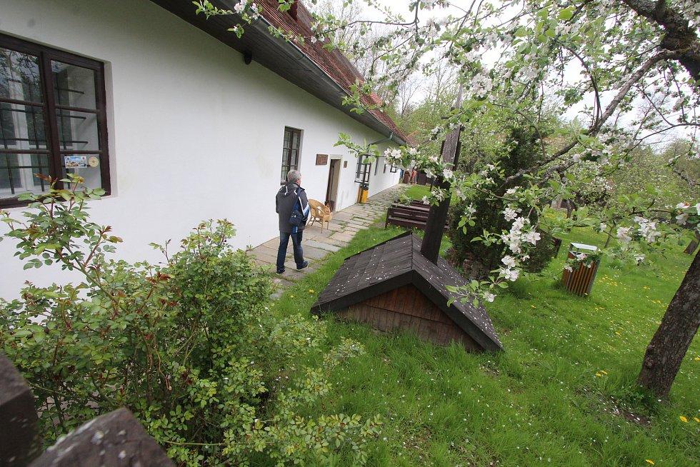 Archeoskanzen v Trocnově