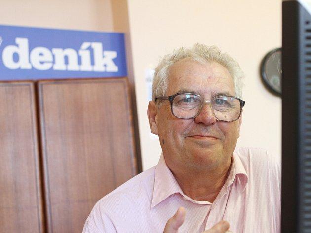 Kandidát na prezidenta Miloš Zeman odpovídal na dotazy čtenářů Deníku v online rozhovoru.