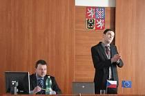 Organizátoři pátečního jednání Martin Pilný (vlevo) a Jan Spěváček z Probační a mediační služby ČR.