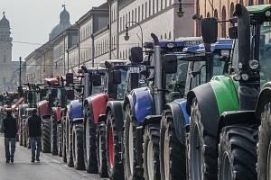 Traktory moc nebrzdily.