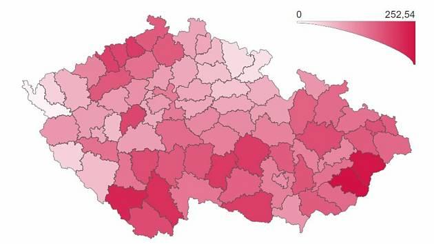 Počet lidí z potvrzeným covidem na 100 tisíc obyvatel k 1. květnu 2021. Jak je vidět z mapy, Prachaticko teď patří mezi nejhůř zasažené okresy.