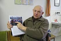 Kardio klub sídlí v suterénu českobudějovické polikliniky Jih, ale podniká četné výlety. Na snímku předseda a jeden ze zakladatelů Zdeněk Kubovec.