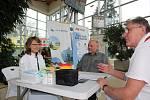Lidé si dobrovolně mohli nechat v terminále českobudějovické nemocnice změřit cholesterol.