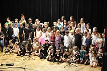 Velká sláva se odehrála v Neznašově od úterý do čtvrtka, kdy základní škola měla 150. narozeniny.