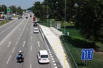 Nové zastávky městské hromadné dopravy nazvané Stromovka začnou v pondělí sloužit cestujícím.