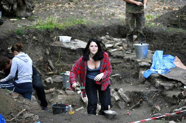 Archeopark v Netolicích v těchto dnech ožil studenty Jihočeské univerzity, kteří pokračují v dlouholetém průzkumu, území obývaného již v období raného středověku českých dějin.