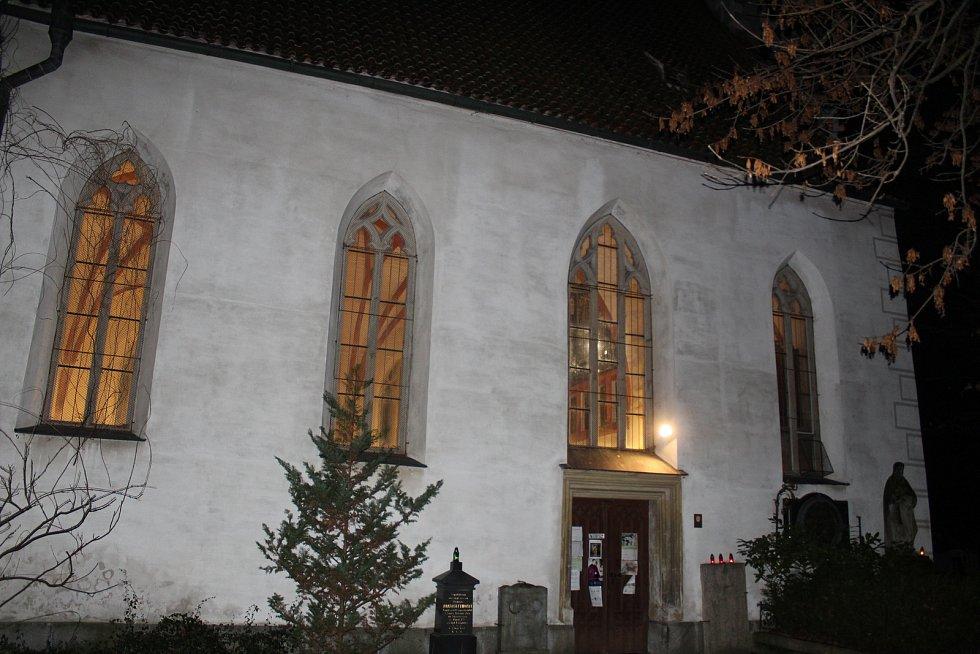 Půlnoční mše v kostele sv. Jana Křtitele a sv. Prokopa v Českých Budějovicích.