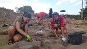 Už potřetí odjeli studenti a odborníci  z Jihočeské univerzity zkoumat do Makedonie archeologické naleziště z doby kamenné.
