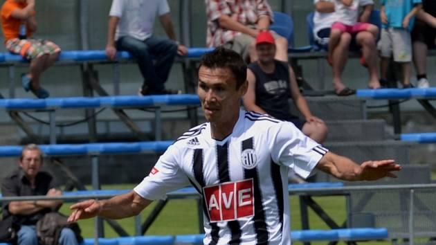 Aziz Ibragimov chce být pro Dynamo platným hráčem.