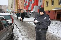 Asistenti prevence kriminality na Máji.